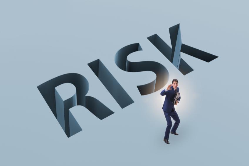 Procurement Risks & Ways to Reduce Them