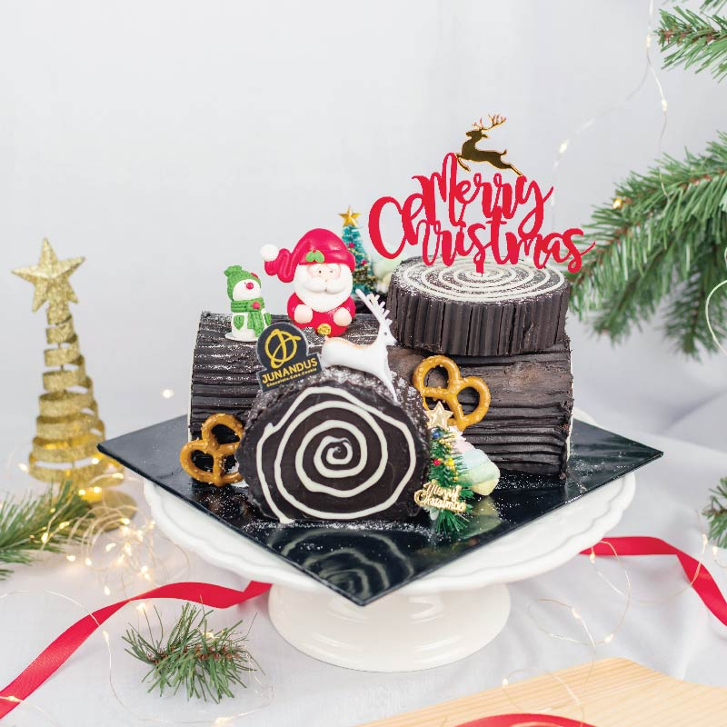 Christmas Log Cake from Junanadus, Available On ADAM